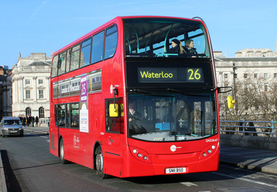 Route 26, Tower Transit, DN33647, SN11BSO, Waterloo Bridge