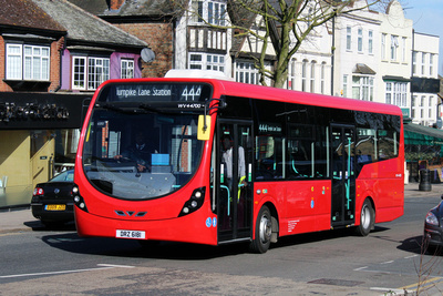 Route 444, Tower Transit, WV44700, DRZ6181, Chingford Station