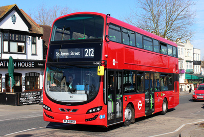 Route 212, Tower Transit, VH38111, BL64MHX, Chingford