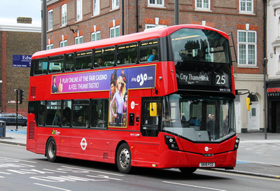 Route 25, Tower Transit, WH31124, SK19FCO, Stratford