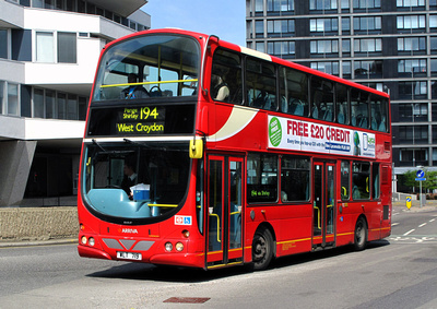 Route 194, Arriva London, DW19, WLT719, Croydon