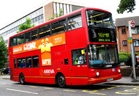 Route 197, Arriva London, DLA178, W378VGJ, Woodside