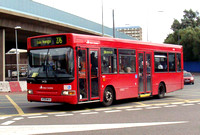Route 276, East London ELBG 34158, V158MVX, Canning Town