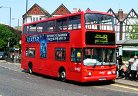 Route 152, Abellio London 9718, V318KGW, Mitcham Fair Green
