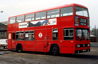 Route 87, London Transport, T134, CUL134V, Romford Garage