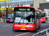 Route W19, First London, DM41792, LN51GJY