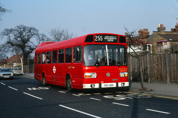 London Bus Routes: Route 255: South Woodford - Loughton Station [Withdrawn] &emdash; Route 255, London Transport, LS180, THX180S