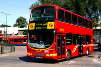 Route 328, First London, VNW32415, LK04JBX, Golders Green