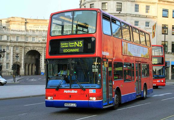 London Bus Routes: Route N5: Edgware - Trafalgar Square &emdash; Route N5, Metroline, VLP154, X654LLX, Trafalgar Square