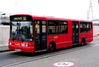 Route 323, First London, DML41720, W133VLO, Canning Town