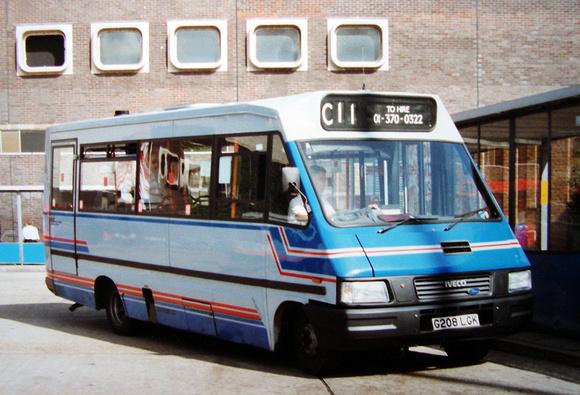 London Bus Routes: R & I Buses &emdash; Route C11, R&I Buses, G208LGK, Brent Cross
