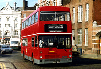 Route 220, London Transport, M1064, B64WUL, Hammersmith