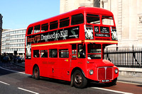 Route 15, East London ELBG, RM324, WLT324, Trafalgar Square