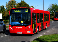 Route 359, Metrobus 708, YX58DXD, Addington Village