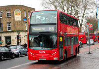 Route E3, First London, DN33582, SN09CEJ, Turnham Green