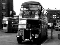 Route 26, London Transport, RT192, HLW179, Aldgate