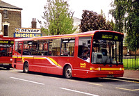 Route 295, First London, DML385, X385HLR, Clapham Junction