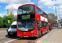 Route 430, Go Ahead London, WVL33, LF52ZRP, Putney Bridge