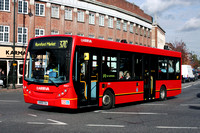 Route 370, Arriva Southend 4001, GB08CGU, Upminster