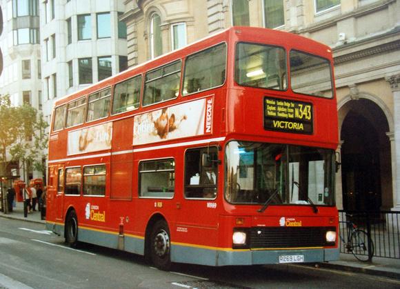 London Bus Routes: Route N343: New Cross Gate - Trafalgar Square &emdash; Route N343, London Central, NV69, R269LGH, Trafalgar Square