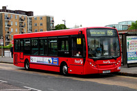 Route 195, First London, DML44074, YX58HVD, Brentford