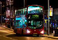 Route N31, Tower Transit, VNW32402, LK04HXM, Clapham Junction