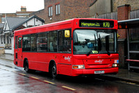 Route R70, Abellio London 8111, SN04EFJ, Richmond