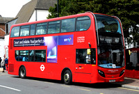 Route 467, London Unied, ADE45, YX62BZS, Epsom