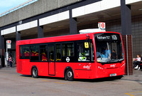 Route H26, Abellio London 8127, YX13EHO, Hatton Cross Station
