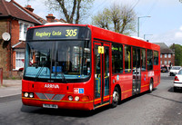 Route 305, Arriva The Shires 3711, YE06HRA, Burnt Oak