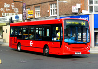 Route H14, Transdev, DE85, YX11FZM, Harrow