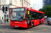 Route 236, First London, DMV44259, YX12AWU, Finsbury Park