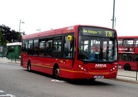 Route T31, Arriva London, ENL8, LJ07EBP, Addington Village