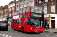 Route 125, Arriva London, T10, LJ08CWC, Southgate