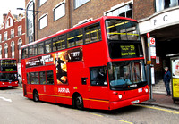 Route 319, Arriva London, DLA313, Y513UGC, Clapham Junction