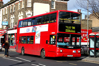 Route 319, Arriva London, DLA314, Y514UGC, Clapham Junction