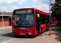 Route 487, First London, DML44108, YX09AFK, Willesden Junction