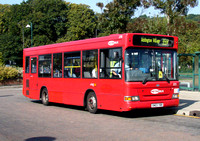 Route 359, Metrobus 272, SN03YBB, Addington Village
