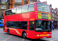 Route 328, First London, VN32104, LT02ZCO, Golders Green