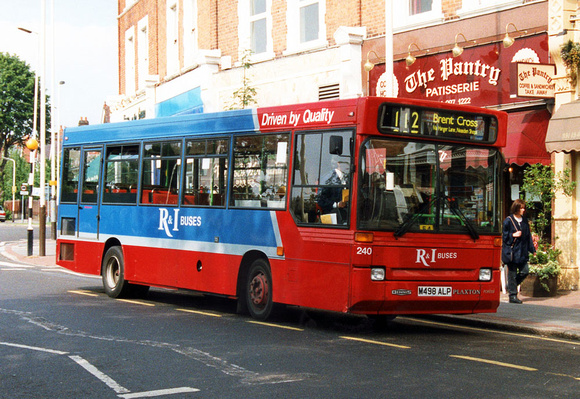 London Bus Routes: Route 112: Brent Cross - Ealing Broadway &emdash; Route 112, R&I Buses 240, M498ALP, Ealing Broadway