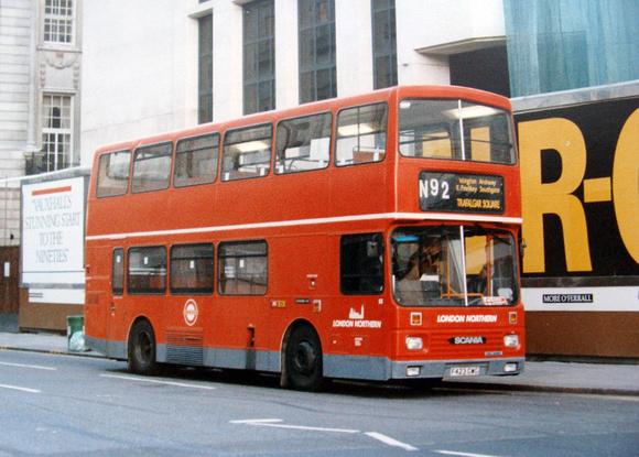 London Bus Routes: Route N92: Trafalgar Square - Oakwood &emdash; Route N92, London Northern, S3, F423GWG, Trafalgar Square