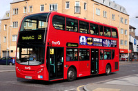 Route 252, First London, DN33547, SN58CFO, Romford
