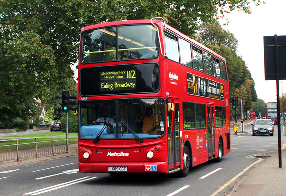 London Bus Routes: Route 112: Brent Cross - Ealing Broadway &emdash; Route 112, Metroline, TA645, LK05GGF, Ealing Common