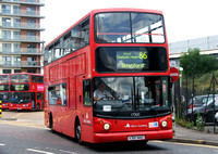 Route 86, East London ELBG 17300, X381NNO, Romford Station