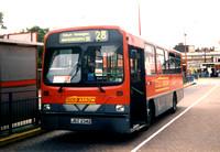 Route 28, Gold Arrow, DW42, JDZ2342, Golders Green