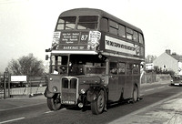 Route 87, London Transport, RT2671, LYR655, Romford