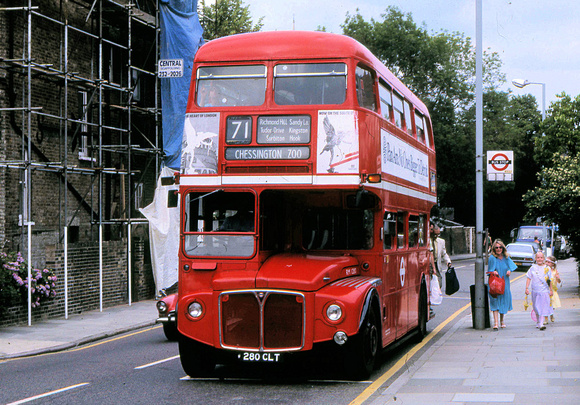 London Bus Routes: Route 71: Chessington - Kingston &emdash; Route 71, London Transport, RM1280, 280CLT