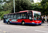 Route 13, Wilts & Dorset 174, HF06FTU, Bournemouth