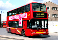 Route 427, First London, TNL32918, W918VLN
