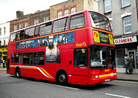 Route 476, First London, VNL32317, LK03NHY, Stoke Newington